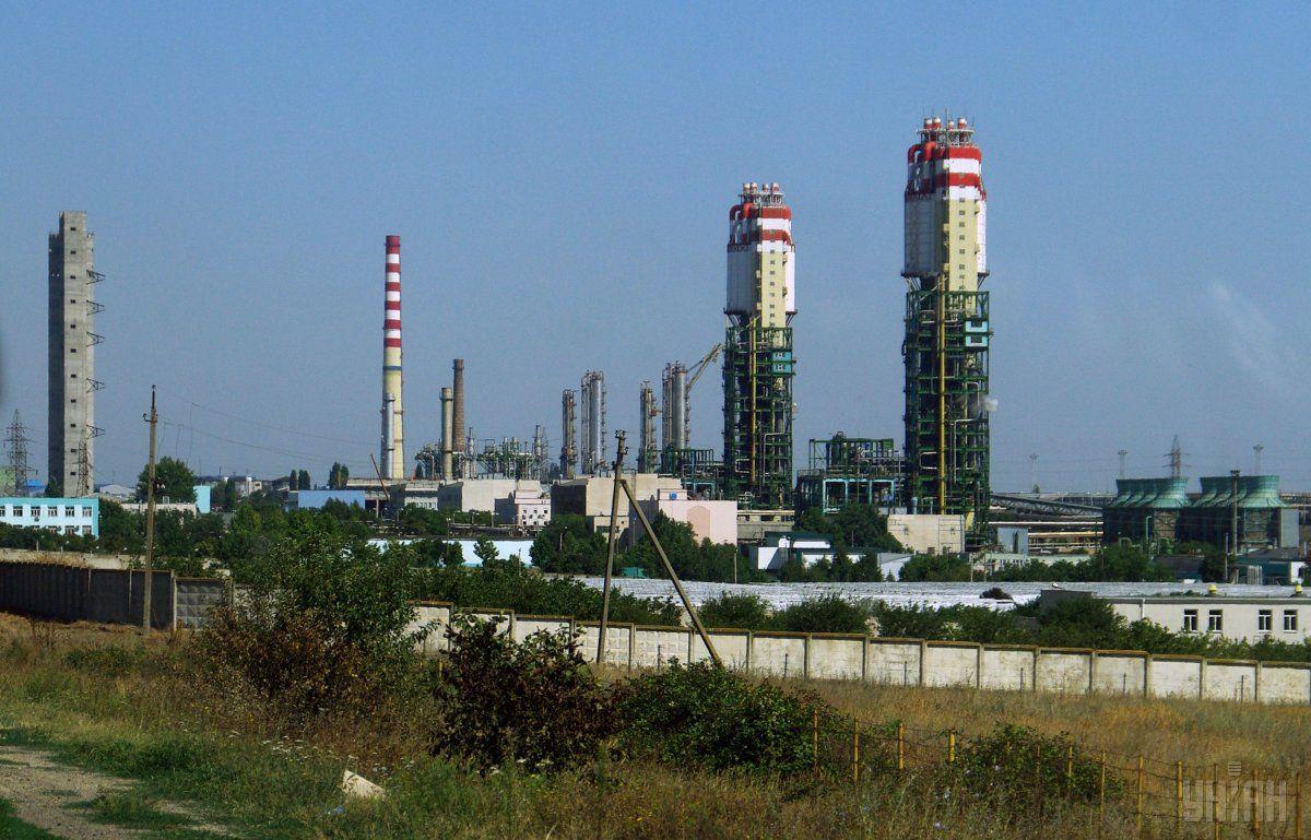 Завод работает по давальческой схеме 605